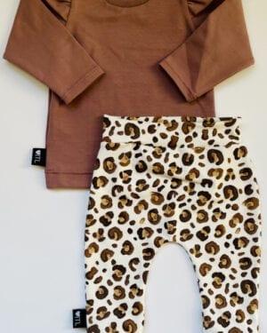 TessLiva-handgemaakte-baby-kinderkleding-Set-broekje-Animal-camel-bruin-en-longsleeve-oud-mauve
