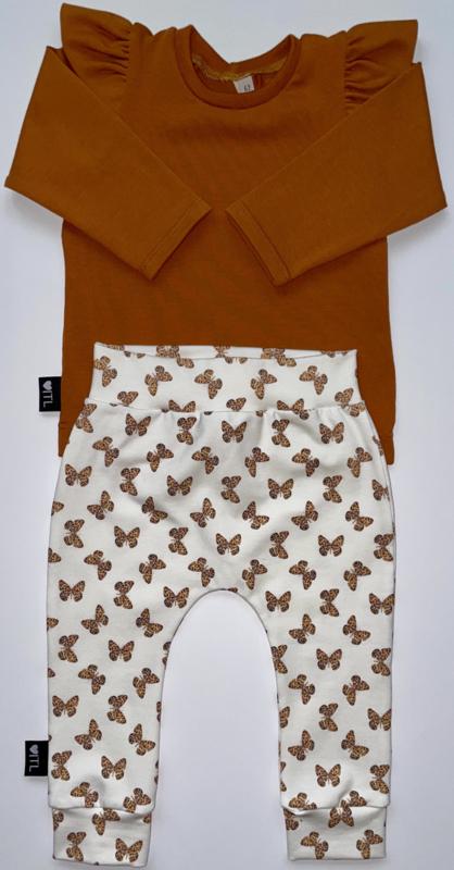 TessLiva-handgemaakte-baby-kinderkleding-Set-broekje-mini-vlinder-en-longsleeve-cognac