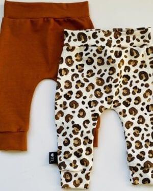 TessLiva-handgemaakte-baby-kinderkleding-Set-combi-deal-broekjes-Animal-camel-bruin-Cognac