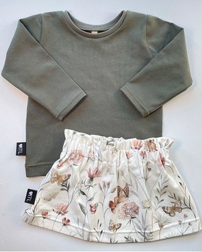 TessLiva-handgemaakte-baby-kinderkleding-Set-paperbag-skirt-flowers-and-butterfly-met-longsleeve-khaki-groen