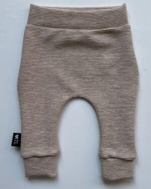 TessLiva-handgemaakte-baby-kinderkleding-broekje-rib-ottoman-beige-melange2