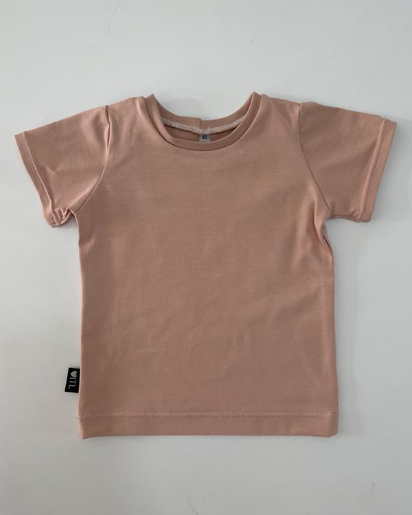 TessLiva-handgemaakte-baby-kinderkleding-shirt-licht-roze