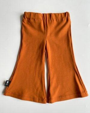 TessLiva-handgemaakte-baby-kinderkleding-flared-pants-cognac