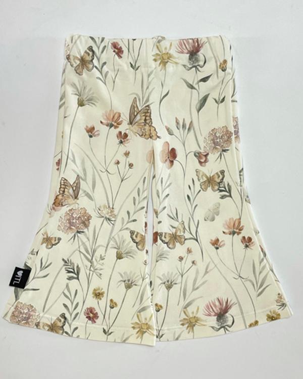TessLiva-handgemaakte-baby-kinderkleding-flared-pants-flowers-and-butterfly2