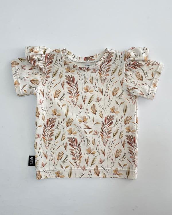 TessLiva-handgemaakte-baby-kinderkleding-shirt-ruffles-botanische-bladeren