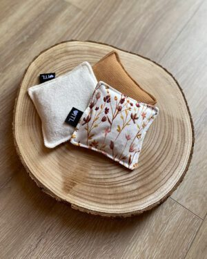 TessLiva-handgemaakte-baby-kinderkleding-Speelzakjes set 1 tulp badstof offwhite rib camel baby en dried flowers pink