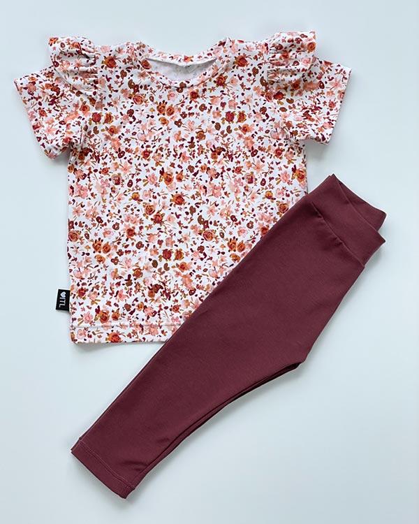 2000000083-Set-Shirt-digital-flowers-en-Legging-Dusty-bordeaux-TessLiva-handgemaakte-baby-kinderkleding